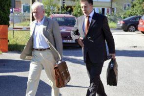 SVAĐA ZBOG ODGAĐANJA Čaušević ostao bez advokata, Crnalić napustio sudnicu