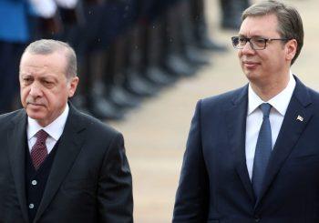 """POMOZ` BOG, JUNACI"" U PREVODU Vučić pozdravio tursku gardu sa ""Merhaba, askeri"""