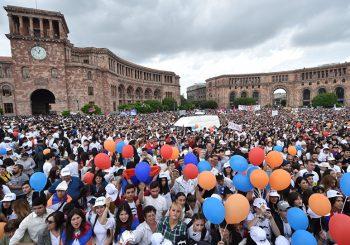 VOĐA PROTESTA PREUZEO VLAST Nikol Pašinjan izabran za premijera Jermenije