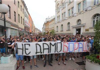 """PROTEST Navijači banjalučkog """"Borca"""" digli glas protiv uprave"""