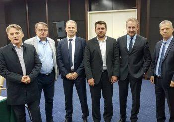 Udružena bošnjačka opozicija osvojila bi duplo više glasova od vladajuće SDA