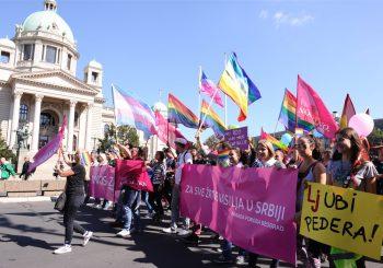 BEZ INCIDENATA Na gej paradi u Beogradu glavni zahtjev - registracija istopolnih partnerstava