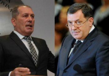 NEPODNOŠLJIVA LAKOĆA LUPETANJA Političari iz RS koji zaslužuju apaluze konkurenata