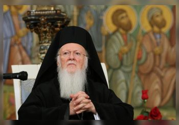 MOGUĆ RASKOL Carigradski patrijarh Vartolomej za priznanje crkava u Makedoniji i Ukrajini, SPC i RPC protiv