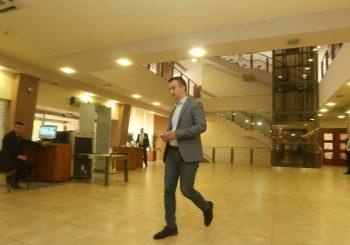 ŠUKALO Ministar Lukač opasan po okolinu, napuštam parlament zbog prijetnji