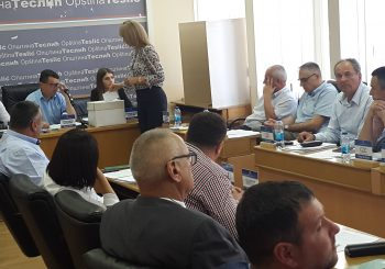 SO TESLIĆ Nova većina nastavila sa smjenama, načelnik Milan Miličević ih smatra nezakonitim