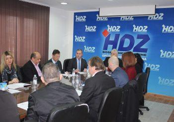 HDZ BIH Sarajevu smeta Pelješki most jer žele zelenu transverzalu od Konjica do Neuma