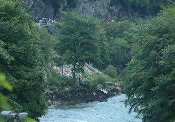 POGINUO MLADIĆ (24): Nakon sudara sa golfom, kombi sletio u Vrbas