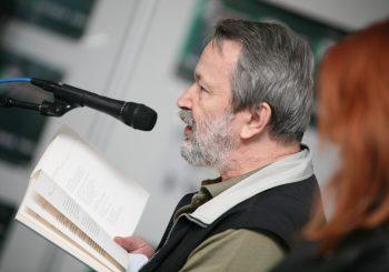 """DOSTIGNUĆA Stevan Tontić dobitnik """"Kočićevog pera"""", nagrađen za knjigu """"Ta mjesta"""""""
