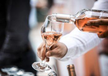 OBMANA Prodano oko pet miliona flaša jeftinog španskog sa etiketom skupog francuskog vina