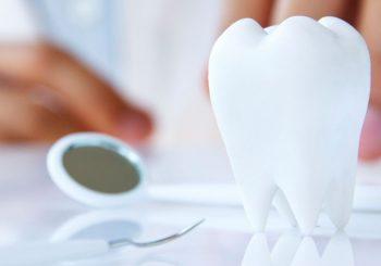 """AKCIJA """"BLUTUT"""" Policija otkrila 24 nelegalne stomatološke ordinacije i laboratorije u RS"""