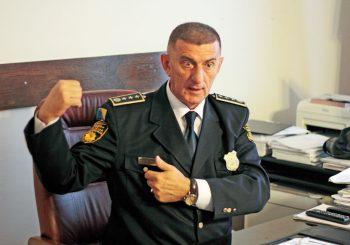 NAPUŠTA VRH POLICIJE Dragan Lukač podnosi ostavku, razlog - zdravlje ili tužilaštvo?