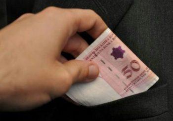BERZA Uoči izbora u BiH, pojedini političari nude i po 50 KM za glas!?