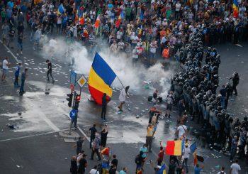 HAOS Na protestima dijaspore protiv ljevičarske vlade Rumunije skoro 500 povrijeđenih