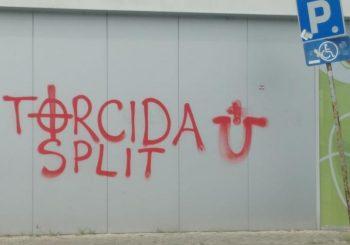 NA PUTU ZA BUGARSKU Navijači Hajduka opljačkali pumpu kod Beograda i ispisali ustaške grafite