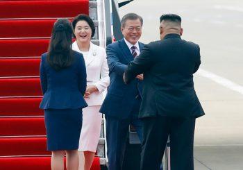 TRODNEVNA POSJETA Kim Džong Un srdačno dočekao južnokorejskog predsjednika u Pjongjangu