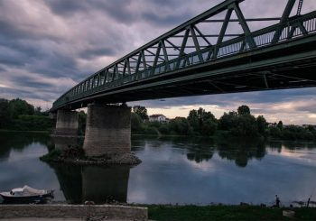 DOGOVOR OPET NE VAŽI Hrvati potrošili na Pelješac pare namijenjene za most u Gradišci