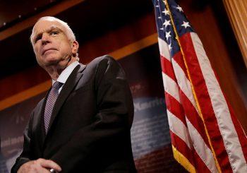 Kraj senatora Džona Mekejna: Nikada nije vidio rat koji mu se nije dopao