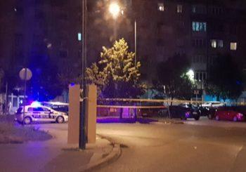 DRAMA NA DOLAC-MALTI Pucano iz automobila u pokretu, teško ranjen muškarac