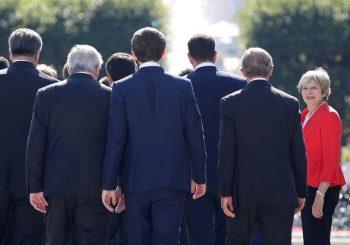 """BREXIT"" U KRIZI Tereza Mej kivna na lidere EU nakon odbijanja njenog plana o razlazu"