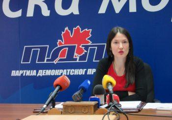 JELENA TRIVIĆ (PDP) Poziv Vučiću da predoči dokaze o miješanju Zapada u izbore u RS