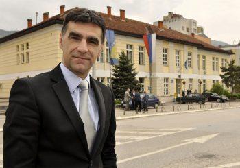 ZDRAVKO KRSMANOVIĆ (NDP) Izbor Radovana Viškovića za mandatara dobar potez, konačno čovjek sa istoka RS