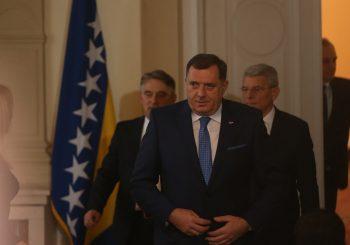 SVEČANOST Novoizabrani članovi Predsjedništva BiH položili zakletvu