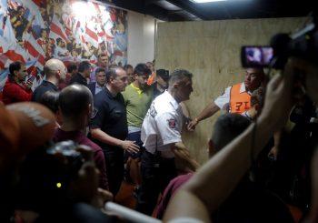 HAOS U BUENOS AIRESU Navijači Rivera kamenovali igrače Boke, finale Kopa Libertadores odgođeno