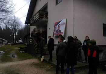 NASTAVLJEN PROTEST: SP brani svog direktora u Istočnom Drvaru, optužuju Milu Marčetu da ga ruši