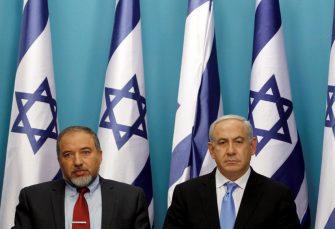 AVIGDOR LIBERMAN: Nisam više ministar odbrane Izraela, kapitulirali smo pred terorom