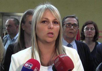 REAKCIJE Mirna Savić – Banjac najavila izlazak iz NDP-a, Šukalo oštro o Čaviću