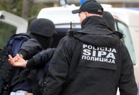 """AKCIJA """"PERO"""": SIPA pretresa i hapsi u više gradova BiH zbog lažnih diploma"""