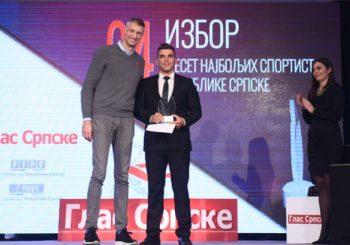 """IZBOR """"GLASA SRPSKE"""" Kajakaš Darko Savić na vrhu liste 10 najboljih sportista u RS"""
