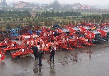 """""""Mlijekoprodukt"""" poklonio farmerima nove poljoprivredne mašine"""