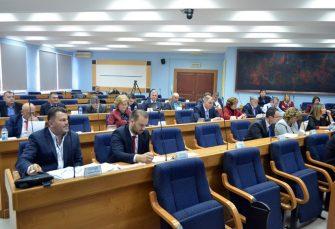 DNS: Četiri odbornika u Skupštini grada Prijedor isključeni iz stranke