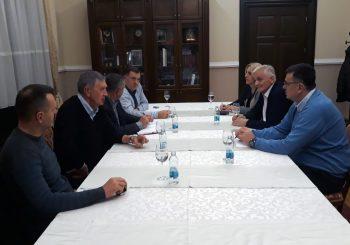 DODIK SA VRHOM SNSD-a: Nova vlada Srpske do sredine decembra
