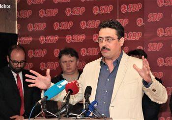 NALJUTILI POZNATOG ČLANA Damir Nikšić se pobunio zbog prvih poteza SDP-a u sarajevskoj vlasti