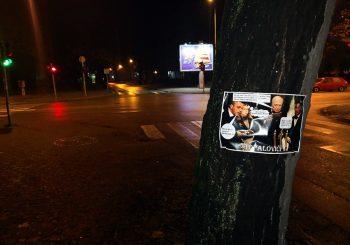 """SCENA IZ """"MARATONACA"""" Osvanuli plakati DNS-ovaca u ulozi Topalovića"""