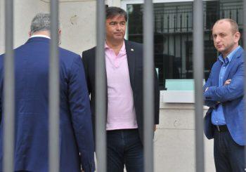 NAKON ODLUKE USTAVNOG SUDA Medojević izašao iz zatvora, Knežević napustio Skupštinu CG