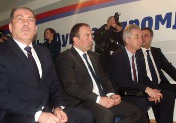 (NE)DOLAZAK NA SASTANAK O NATO-u: Dodik prozvao srpski trio iz Savjeta ministara, oni mu odgovorili