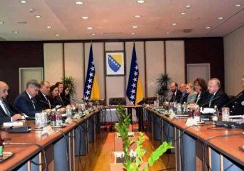 UVREDE Na sastanku sa drugim čovjekom Stejt departmenta, Zvizdić uporedio Dodika sa Hitlerom