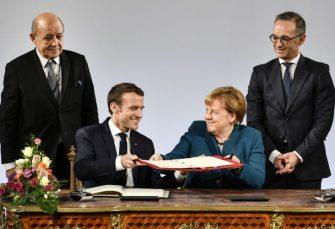 VEZE Makron i Merkelova potpisali sporazum o saradnji, zabrinuti zbog nacionalizma u Evropi