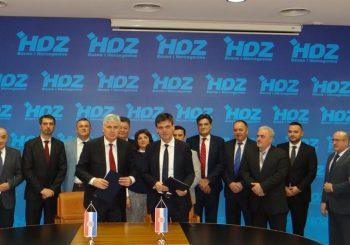 PONOVNO PRIBLIŽAVANJE Čelnici dva HDZ-a u BiH potpisali sporazum o saradnji i zajedničkom djelovanju