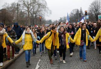 PARIZ Demonstracije protiv abortusa i vještačke oplodnje lezbejskih parova