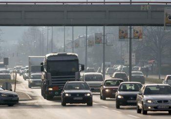 """NESRAZMJER Vozači uplatili 409 miliona KM, """"Putevi RS"""" u saobraćajnice investirali pet puta manje"""