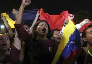 REAKCIJE Rusija, Kina i Turska protiv miješanja SAD u krizu u Venecueli, EU traži nove izbore