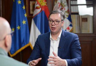 VUČIĆ: Razgovaraću sa političarima iz RS jer se situacija u regionu komplikuje