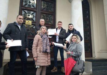 PETICIJA Opozicioni odbornici u Skupštini grada Banjaluka skupili 3.000 potpisa protiv poskupljenja vode