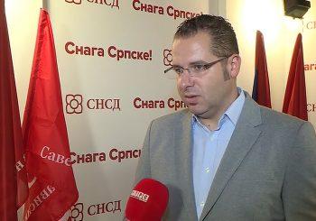 PORTPAROL SNSD-a: Sramota me je da se u Republici Srpskoj postrojavaju bilo kakvi četnici