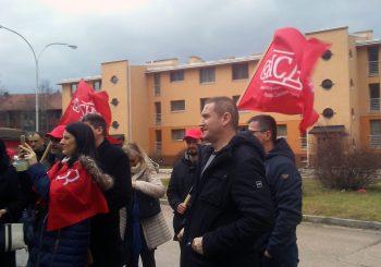 DRVAR: Za glasove građana bore se Dušica Runić (SNSD) i Darko Kajtez, blizak naprednjacima